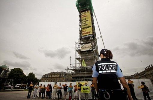 Schlossplatz: Gegner von S21 protestieren