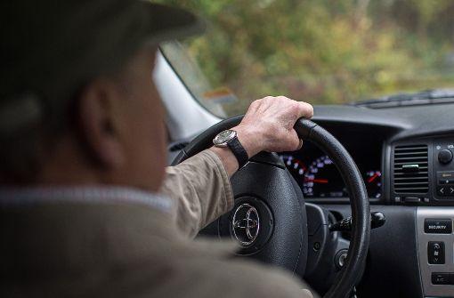 Für Rentner wird die Kfz-Versicherung teuer