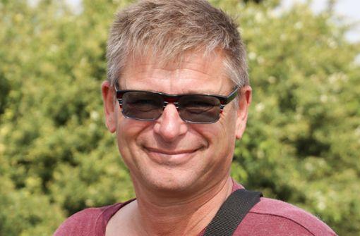 """Jürgen Schmid, 55, Gärtringen-Rohrau: """"Der Turm gefällt mir. Ich war schon früher immer auf dem Stellberg und habe die Aussicht in Richtung Rohrau genossen. Jetzt bin ich gespannt auf den Blick über die Bäume  in die andere Richtung.  Ich werde öfter herkommen."""" Foto: factum/Granville"""