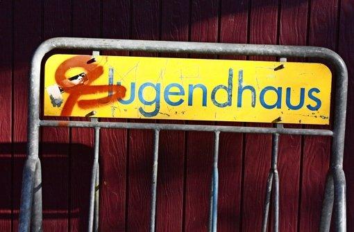 Für das neue Jugendhaus und anliegende Freiflächen in Leinfelden  läuft ein Architektenwettbewerb. Das Geld dürfte dann auch für einen neuen Fahrradständer reichen. Foto: Natalie Kanter