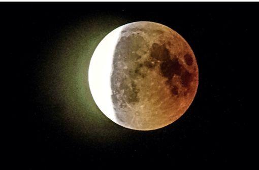 Eine Mondfinsternis und viele Sternschnuppen