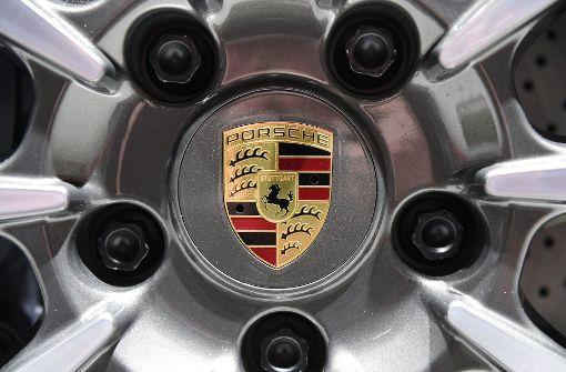 79-jährige Raserin in Porsche mit 238 km/h geblitzt