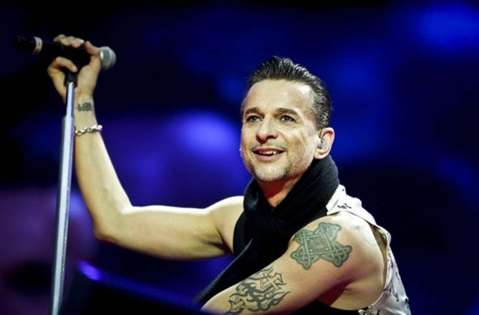 Mercedes-Benz-Arena: Depeche Mode: Ungewohnt vehement