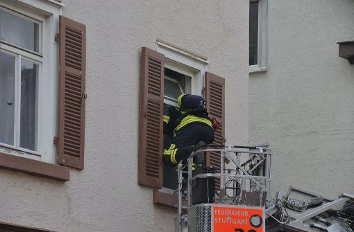 Ein Passant hatte die Feuerwehr gerufen. Foto: Andreas Rosar Fotoagentur-Stuttgart