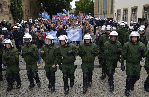 Die Bildungsplangegner wollen erneut auf die Straße gehen.  Foto: dpa