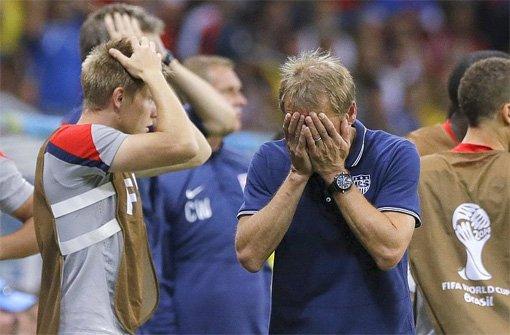 Jürgen Klinsmann kann es nicht fassen: Im Achtelfinale der WM scheitert er mit den USA an Belgien. Foto: Markus Merz