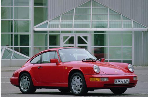 Porsche regelrecht durchlöchert