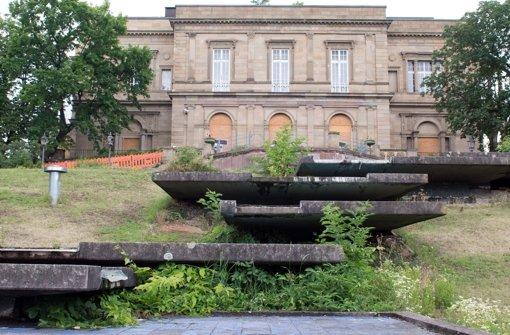 Ein Einbruch von Vandalen in die Villa Berg in Stuttgart-Ost beschäftigt die Polizei. Foto: dpa/Symbolbild