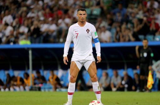 Das Netz lacht über die Hosen-Pose des Cristiano Ronaldo
