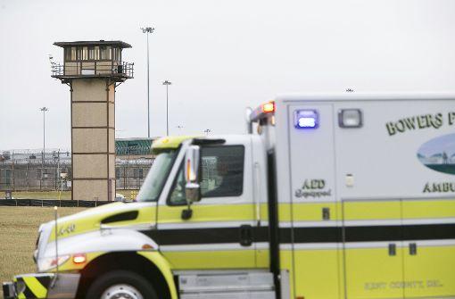 In Delaware ist es in einem Gefängnis zu einer Geiselnahme gekommen.Eine Spezialeinheit hat den Aufstand beendet, ein Aufseher ist dabei ums Leben gekommen. Foto: dpa