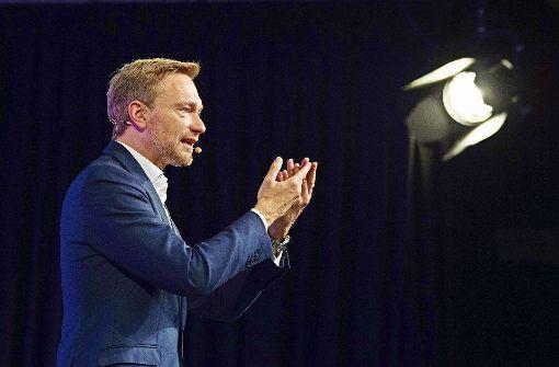 Ein Mann, der das Rampenlicht sucht: Christian Lindner  versucht, ein Lebensgefühl zu vermitteln, das er liberal nennt. Foto: dpa