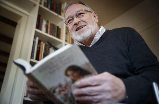 Ulrich Schielke hat die Backnanger Litera-Tour erfunden, die weit und breit größte Kinder- und Jugendliteraturwoche. Foto: Gottfried Stoppel