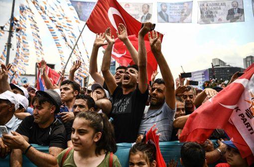 Wahlkampf endet mit Großveranstaltungen in Istanbul