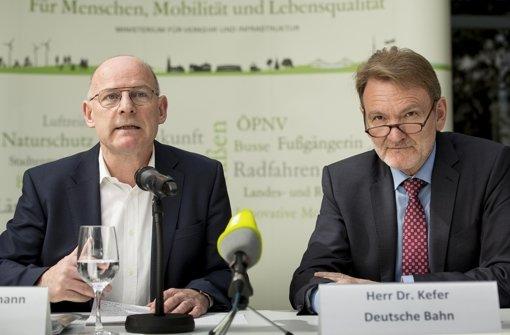 Will vom DB-Vorstand Kefer Auskunft zur Bauzeit: Minister Winfried Hermann (Grüne) Foto: Lichtgut/Leif Piechowski
