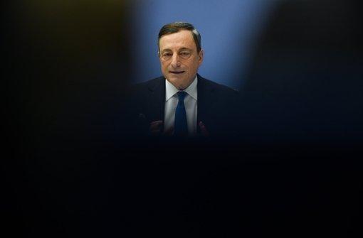Draghi erhöht den Druck auf Banken