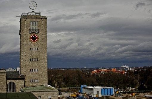 Turm steht    wohl auf Eisenbetonpfählen