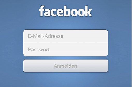 Einmal mit dem Smartphone eingeloggt, weiß Facebook , wo die Nutzer sich gerade aufhalten. Foto: Screenshot