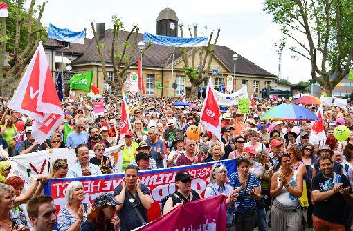 Größter Polizeieinsatz seit Jahren wegen Demos in Karlsruhe