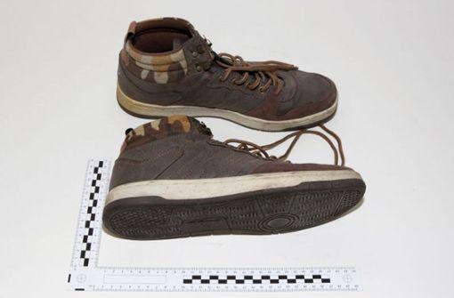 Auch ganz normale Schuhe wurden aus den Berliner Kellern entwendet.  Foto: Polizei Berlin