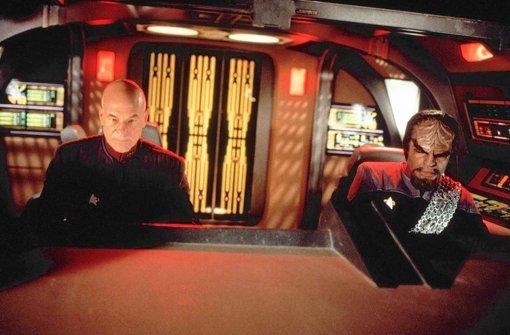 Captain Jean-Luc Picard (links) und sein klingonischer Lieutenant Worf.  Foto: Filmtitel  Paramount DVD