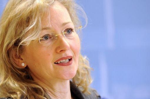 Die umstrittene baden-württembergische Kultusministerin Gabriele Warminski-Leitheußer (SPD) tritt auf Druck der SPD von ihrem Amt zurück. Foto: dpa