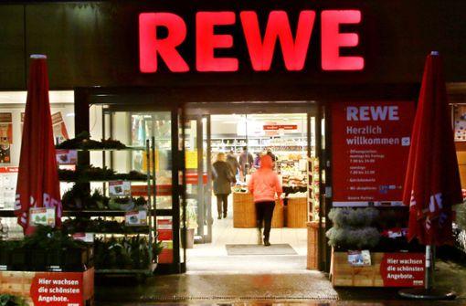 Rewe muss sein Eigenprodukt Risotto mit Safran und Steinpilzen zurückrufen. Foto: dpa
