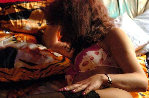 13- bis 16-jährige Mädchen im Internet angeboten