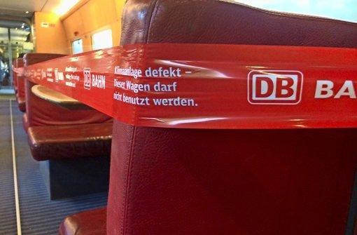 Defekte Klimaanlagen, kaputte Toiletten und Verspätungen: Die Deutschen Bahn will ihr Image verbessern. Foto: dpa