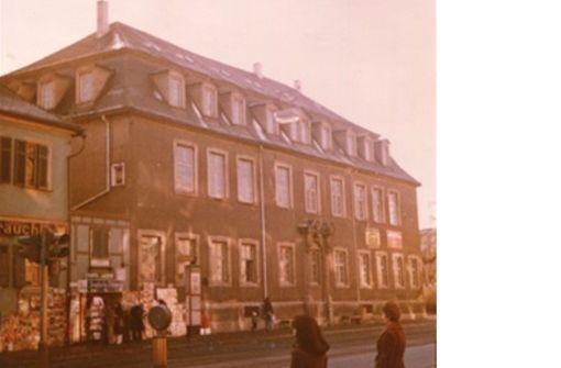 So sah die Alte Post an der Wilhelmstraße aus, ehe Fehr sie runderneuerte und seine erste McDonalds-Filiale gründete. Foto: Eduard Fehr