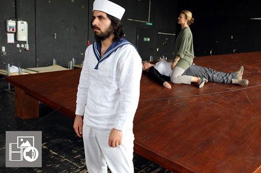 Eine Mozartoper mit Flüchtlingen