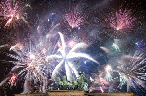Silvester und Neujahr: Die Welt begrüßt das Jahr 2018 - Panorama ...