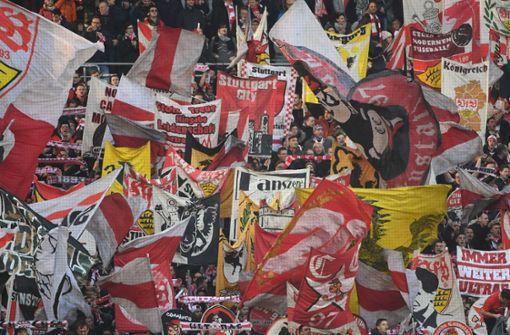 Die Statista-Umfrage liefert Erkenntnisse zur politischen Orientierung der Fans in Deutschland – auch über die Anhänger des VfB Stuttgart. Foto: dpa