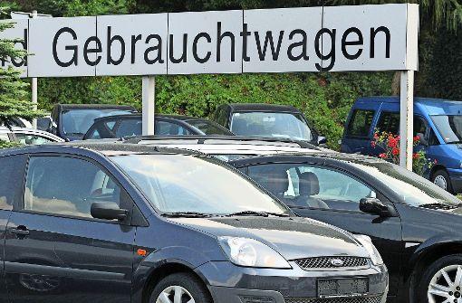 Der Gebrauchtwagenhandel läuft in diesem Jahr schwächer als 2016. Foto: dpa