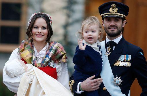 Baby-Prinz Gabriel im Kreise der royalen Familie getauft