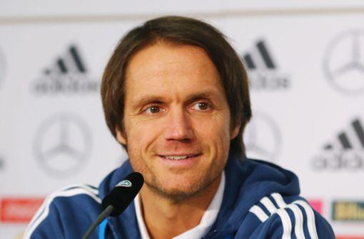 Co-Trainer Thomas Schneider durchlief alle Jugendmannschaften des VfB und spielte von 1994 bis 2003 in der Profimannschaft des Vereins. Von 2011 bis 2013 war er Trainer der U-17 des VfB, woraufhin er im August 2013 Cheftrainer der Profimannschaft wurde. Im März 2014 wurde er entlassen. Foto: Bongarts