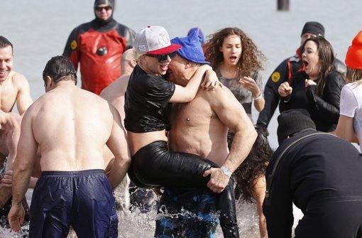 Lady Gaga macht sich nass