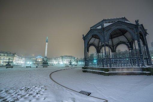 Das winterliche Stuttgart bei Nacht