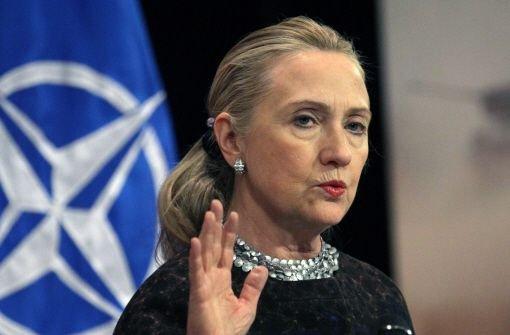 Clinton kritisiert Obamas Zurückhaltung