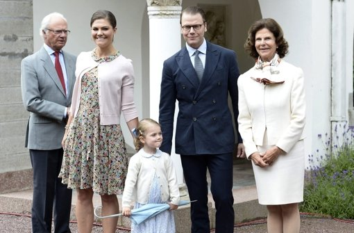 victoria von schweden estelle feiert mamas geburtstag royals stuttgarter nachrichten. Black Bedroom Furniture Sets. Home Design Ideas