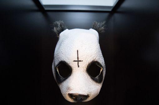 Zeigt der Panda-Rapper hier sein wahres Gesicht?