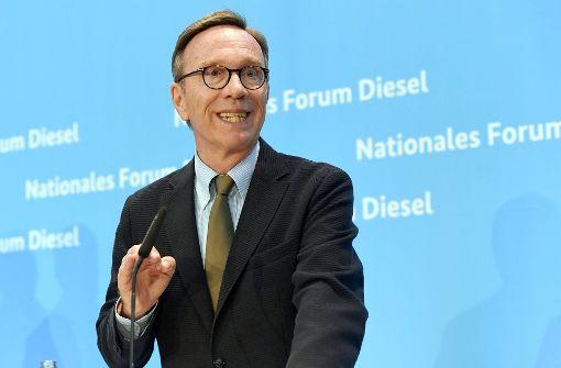 Daimler widerspricht: Keine Ablösung von Matthias Wissmann