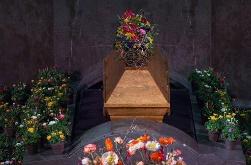 Die Trauerfeier für Roger Willemsen in der Fritz-Schumacher-Halle in Hamburg Foto: dpa