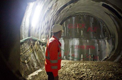 Rund eine Woche lang haben die Arbeiten auf der Tunnelbaustelle für Stuttgart 21 im Nordbahnhofviertel geruht Foto: Max Kovalenko