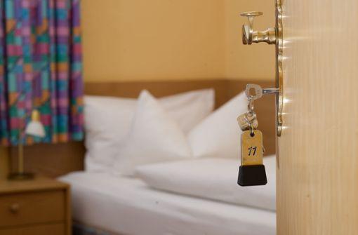 Wie Urlauber Mängel im Hotel reklamieren können