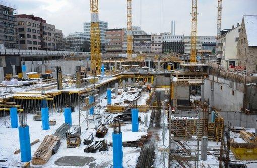 Die Großbaustelle an der Tübinger Straße schreitet voran. Wie das Gerber und das Milaneo einmal aussehen sollen, zeigen wir in unserer Bildergalerie. Foto: Michele Danze