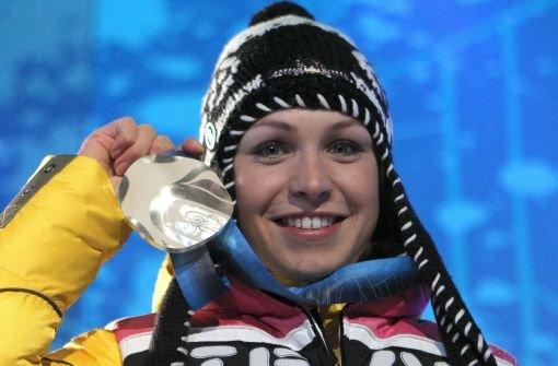 Magdalena Neuner holt Silber