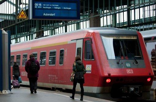 Der Landestarif für alle Züge in Baden-Württemberg und bestimmte Busse udn Stadtbahnen kommt im Dezember 2018 Foto: dpa