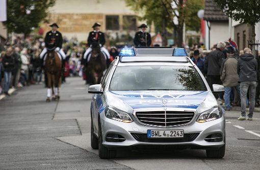 Die Fellbacher Polizei an der Spitze des Festumzugs. Foto: 7aktuell.de/Andreas Friedrichs