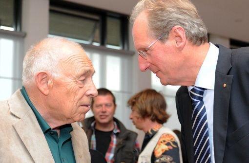 Stuttgart-21-Schlichter Heiner Geißler (links) und Stuttgarts Oberbürgermeister Wolfgang Schuster. Foto: dpa