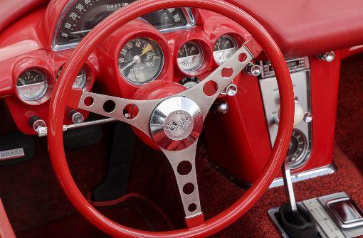 Eine Corvette zu fahren, ist auch eine Frage ungewohnten Stils. Foto: factum/Bach